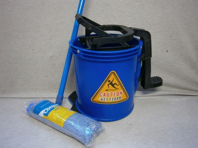 16lt Mop Bucket & 400gram mop & handle